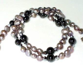Elegant Freshwater Pearl Hematite necklace 50 cm