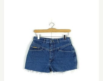 SUMMER SALE Free shipping!! Vintage  High Waist Denim Cut off  Shorts from 80's*