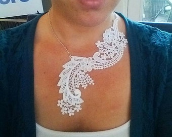 White lace necklace - Bridal