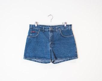 on sale - semi high waist blue jean shorts / medium wash mini denim shorts / size 30