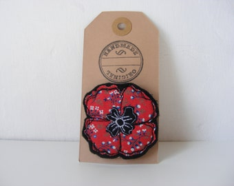 Red Poppy Fabric Brooch - Embroidered Felt Brooch
