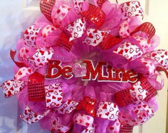 Valentine Wreath/ Be Mine Valentine's Day Wreath/Valentine's Day Deco Mesh Wreath /Happy Valentine's Day Wreath/Valentine's Door Decor