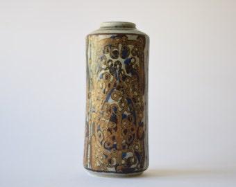 Royal Copenhagen - Ivan Weiss - tall vase - mod 22558 - Danish midcentury pottery