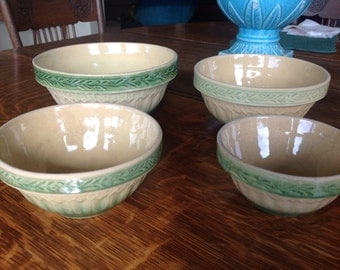 Vintage Green Yellow Ware Medium Vines & Arches Bowl Gorgeous