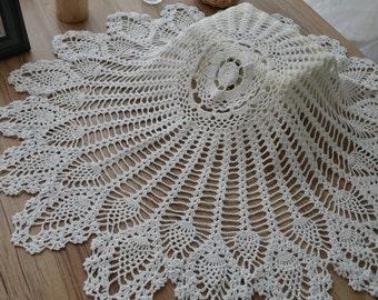 White Crochet Pineapple Wedding Doily Table Cloth Topper Centerpiece Runner