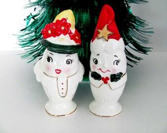 Vintage Christmas Salt Pepper Shakers, 1950's Christmas Egg Salt Pepper Figurines, Anthropomorphic 1950's Christmas Decorations, Mid Century