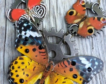 Steampunk Butterfly necklace. Cogs and Nature Necklace. Butterflys and Gear Necklace.