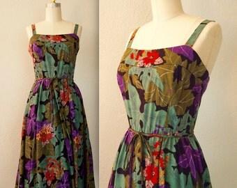 1970s Floral Sundress / Fall Foliage Pointsettia Dress