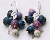 Glass lampwork blueberry earrings with silver color leaves. Indigo and deep pink color.