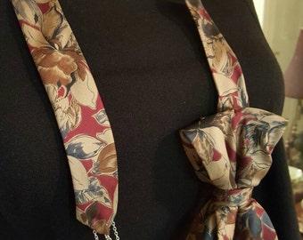 Unique Bow Tie Necklace