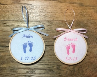 Baby's First Christmas, Baby Ornament, Baby's 1st Christmas, Personalized Baby, First Christmas Ornament, Baby Christmas, Baby Footprint