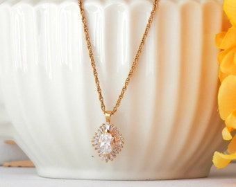 Cubic Zirconia Necklace, Costume Jewelry Vintage, Faux Diamond Necklace