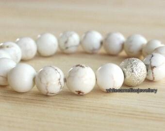 Ladies White turquoise bracelet, women's bracelet, White magnesite bead bracelet, Elastic beaded bracelet, Stretch bracelets, Custom made