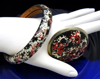 Vintage Enamel Brooch Bangle Bracelet Set Red Black White Speckles