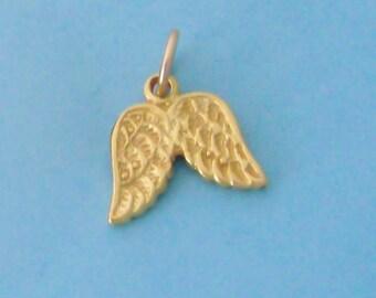 1 Vermeil Gold Angel Wings Charm