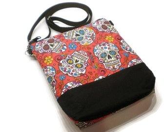 Red sugar skulls cross body sling purse, shoulder bag. Day of the Dead handbag. Día de Muertos accessories. Sugar skulls bag.