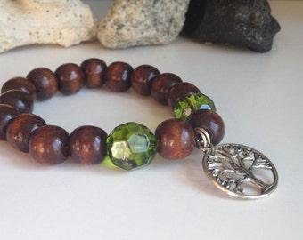 Nice Tree of life wood and glass beads bracelet