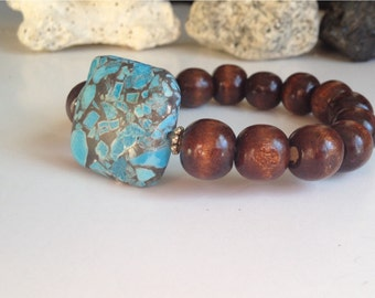 Wood beads bracelet with a Taiwain turquoise
