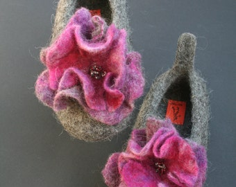 Babies felted slippers stitched rubber soles