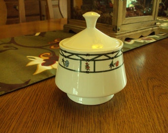 Vintage Lynns China Sugar Bowl and Lid