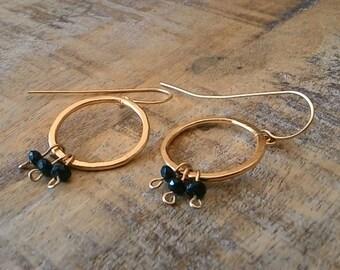 Black Dangle Earrings, Gold and Black Earrings, Stone Earrings, onyx Stone Earrings, Dangle Gold Earrings, Dangle circle Earrings