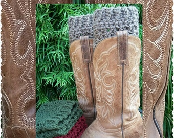 Crochet boot cuffs, in Taupe, Forest green and Burgundy, Packaged for gift giving :)