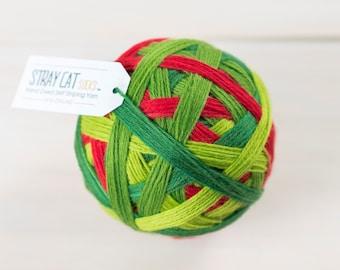 KIWI CHRISTMAS - hand dyed self striping sock yarn