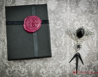 Black and Gothic Bat, brooch ed