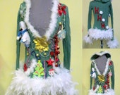 Pixie  3-d Tacky Ugly Christmas Sweater Light Up Color Changing Bow Feather Foo Foo Sz M Hooded  Abominable Snowman Bells Ready to Ship