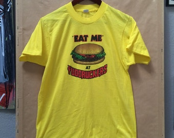 "Vintage Fuddrucker's ""Eat Me at Fuddrucker's"" Shirt. Screen Stars Made in USA Size L"