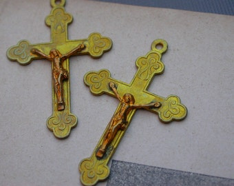 2pcs Antique French matted gold cross sacred heart crucifix jusus medal religious medals cross  reliquary France brass flower