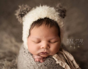 Newborn Knit Panda Bear Hat//Newborn Photo Prop//Unisex//Knitted Hat//Newborn Hat//Photography Prop//Newborn Prop//Fuzzy Bear Bonnet//Gift