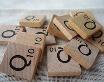 Scrabble Tile Letter Q