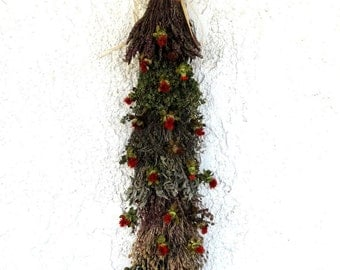 Hanging Herb Swag - Kitchen Decoration - Hanging Herbs - Fragrant Herb Swag