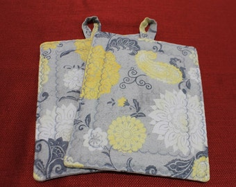 Grey and Yellow Pot Holder Set/Trivet/Oven Mitt