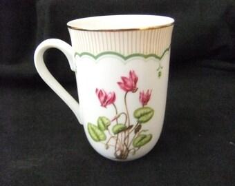 Georges Briard Victorian Gardens Cyclamen Mug