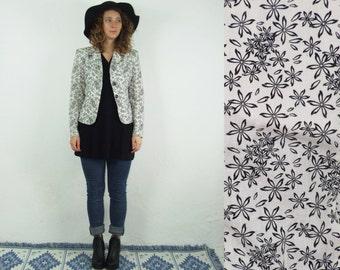 90's vintage women's white blazer with black flower print