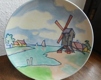 ART NOUVEAU ceramic. Fantastically beautiful,  well-preserved plate / wall plate. Around 1900. Diameter 25 cm. VINTAGE