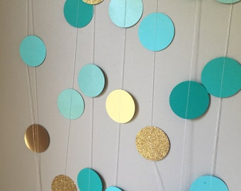 Green, yellow and gold garland