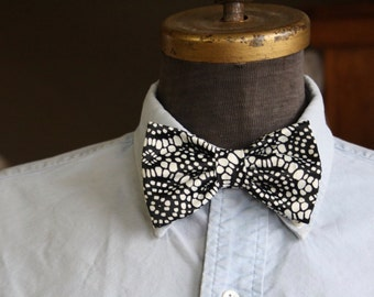 Bow tie black and white satin