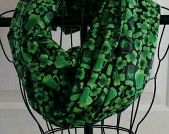 St Patty's day beer scarf