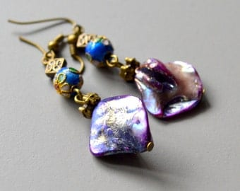 Pearl earrings purple shell