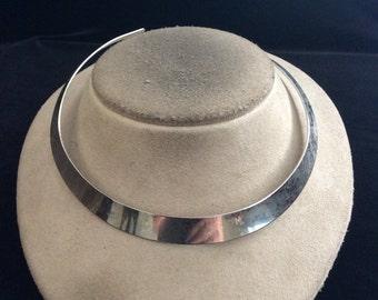 Vintage Silvertone Collar Necklace