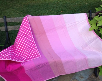 Pink ombre baby quilt, pink ombre baby blanket, pink ombre quilt, pink ombre blanket, pink polka dots quilt, pink polka dots baby blanket