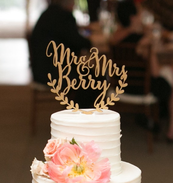 Wedding Cake With Bride And Groom Names