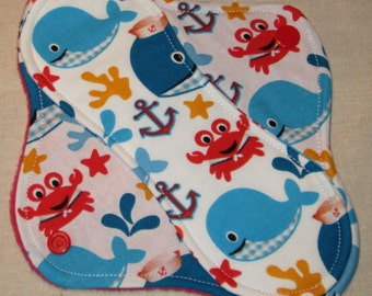 Whales 'n Crabs 8 in. Light Cloth Pad