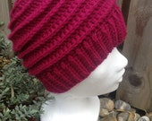 Crochet hat, red hat, small adult hat, teenagers hat, winter hat, ski hat, crochet beanie, beanie hat, wool hat, crochet beanie hat,