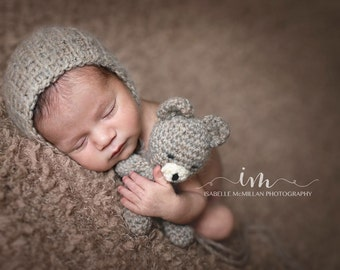 Newborn crochet bear buddy set