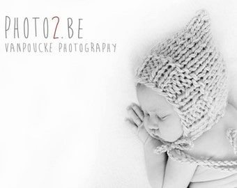 Newborn, 0-3, 3-6, 6-12 size  knit pixie bonnet