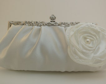 Ivory Bridal Clutch, Flower Wedding Purse, Ivory Wedding Clutch, Satin Clutch, Bridal Handbag, Formal Clutch Bag Ivory Flower Wedding Purse